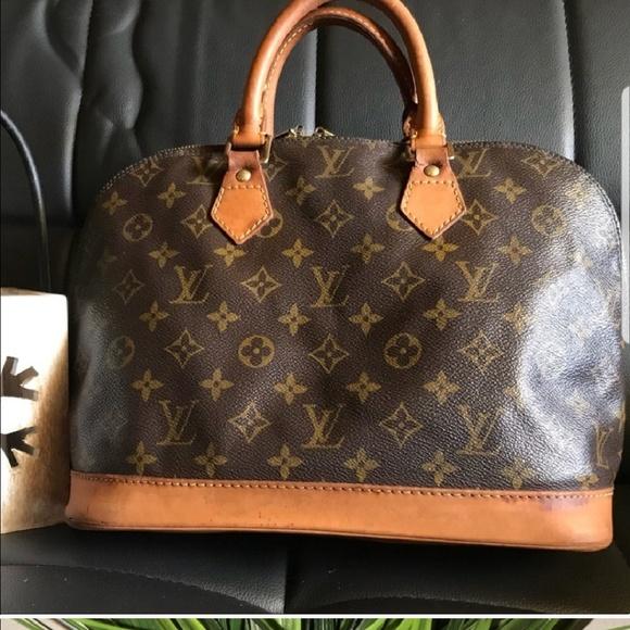 Louis Vuitton Handbags - Lv under handle needs repair leather shoe person 15978b0a12be3